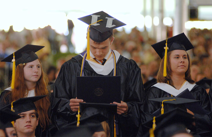 college-degree-to-stay-youn