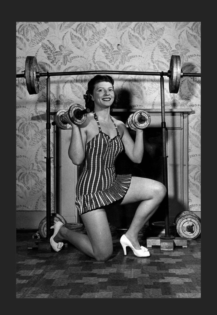 02-woman-can-lift-weights