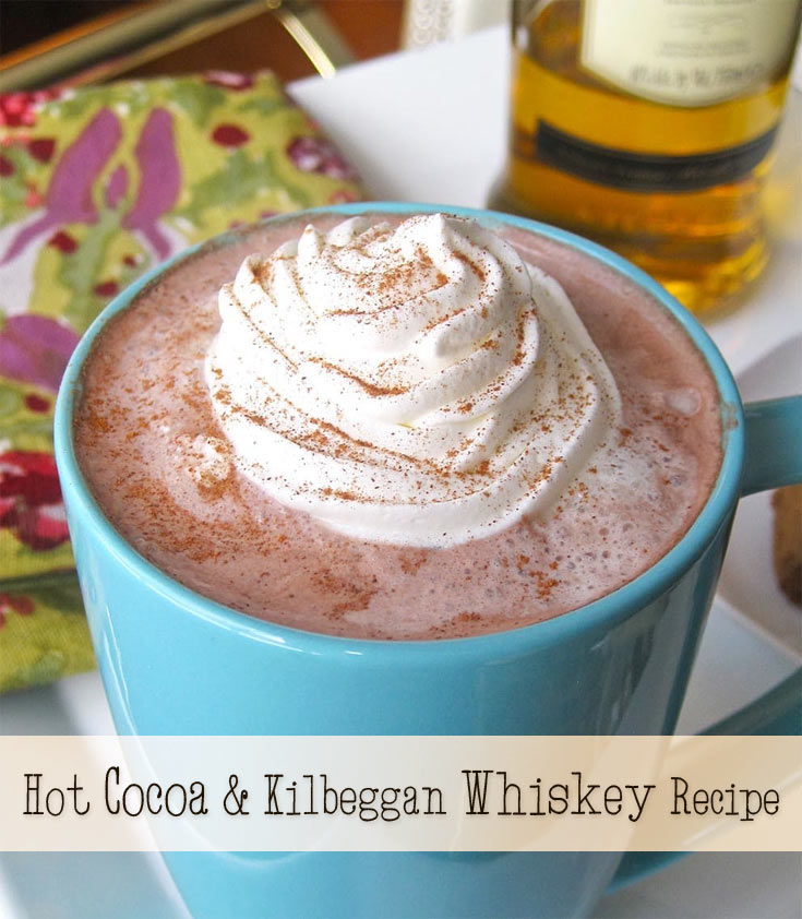 hot cocoa whiskey cocktail